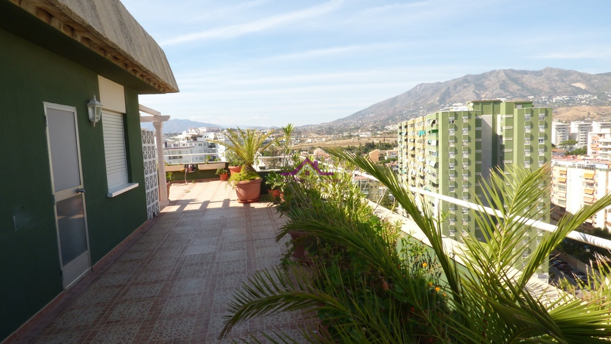 Penthouse, Holiday Rentals, 2 Bathrooms, Listing ID 1106, Los Boliches, Spain,