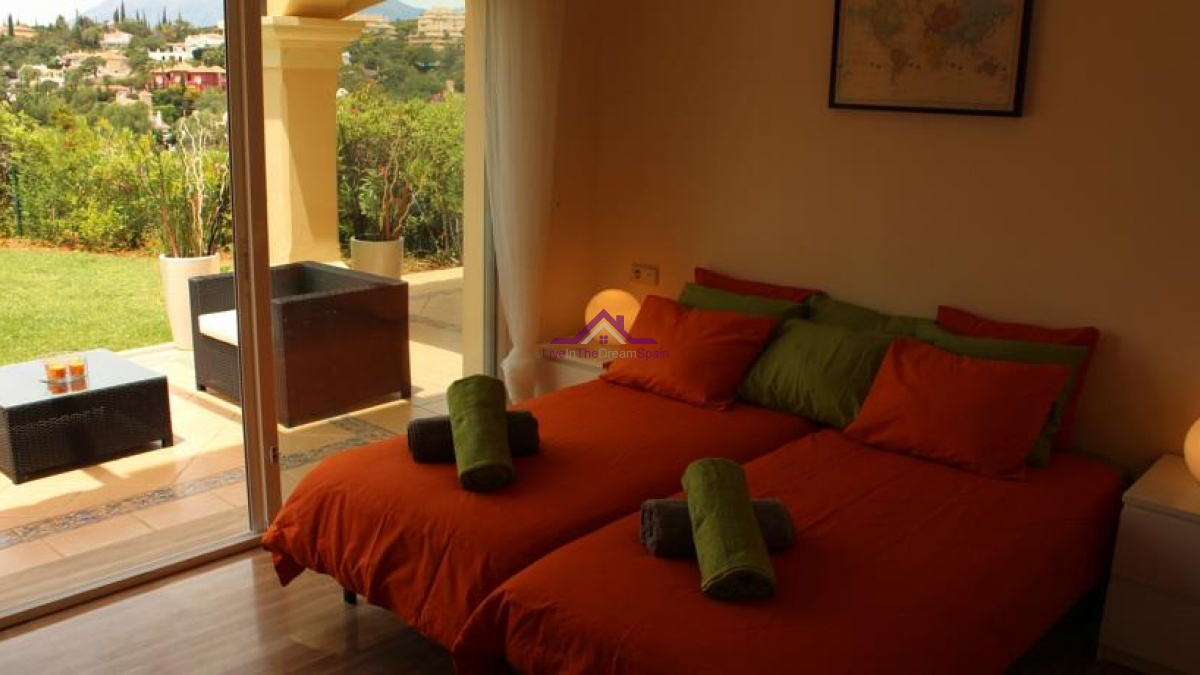 2 Bedrooms, Apartment, Holiday Rentals, 2 Bathrooms, Listing ID 1112, Elviria, Spain,