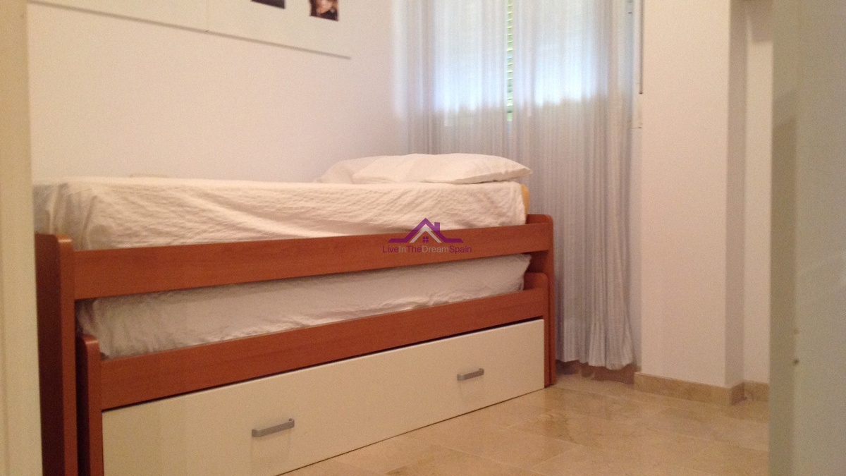 Elviria,Spain,2 Bedrooms Bedrooms,1 BathroomBathrooms,Apartment,1119