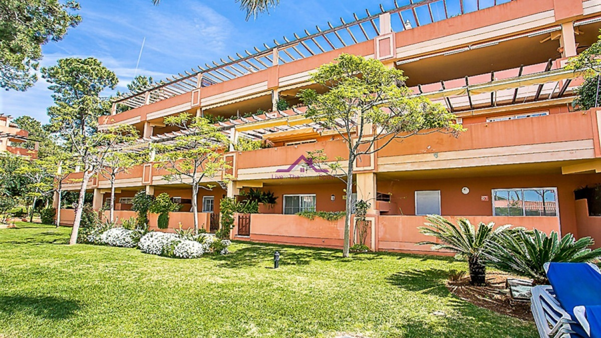 Elviria,Spain,2 Bedrooms Bedrooms,2 BathroomsBathrooms,Apartment,1135