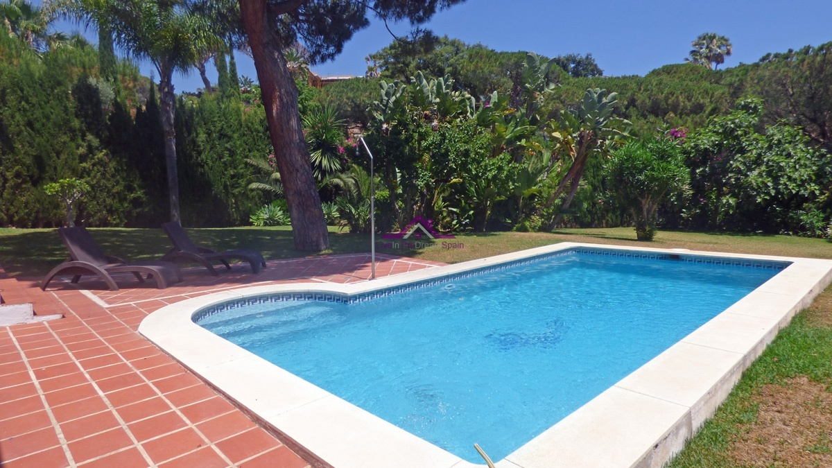 Elviria,Spain,4 Bedrooms Bedrooms,3 BathroomsBathrooms,Villa,1139