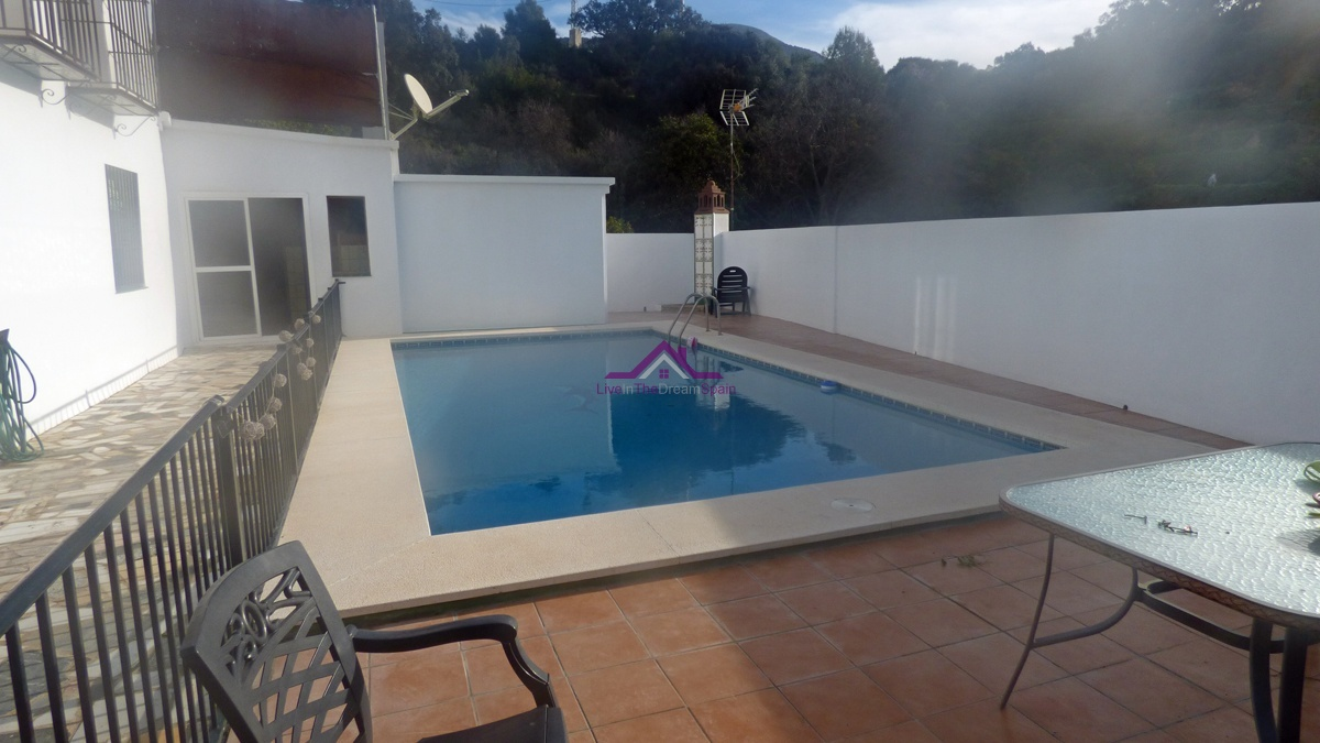 Alhaurin El Grande,Spain,5 Bedrooms Bedrooms,3 BathroomsBathrooms,Villa,1165