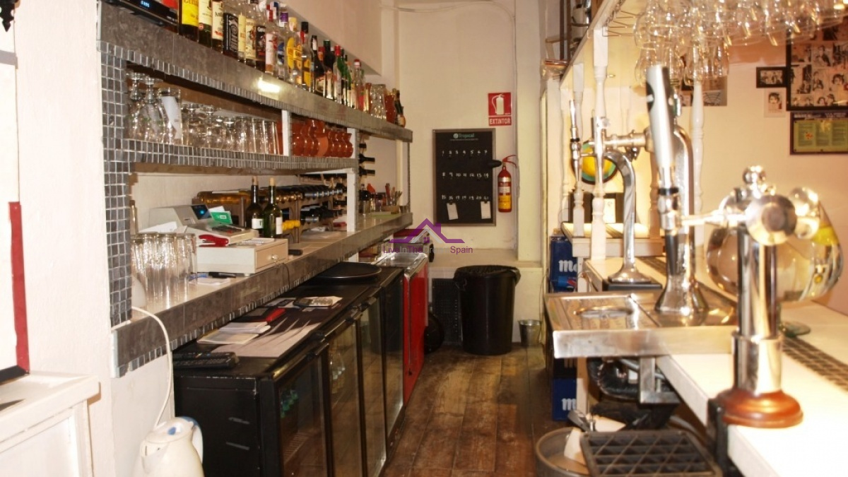 Commercial, For Rent, 2 Bathrooms, Listing ID 1035, Fuengirola, Spain,