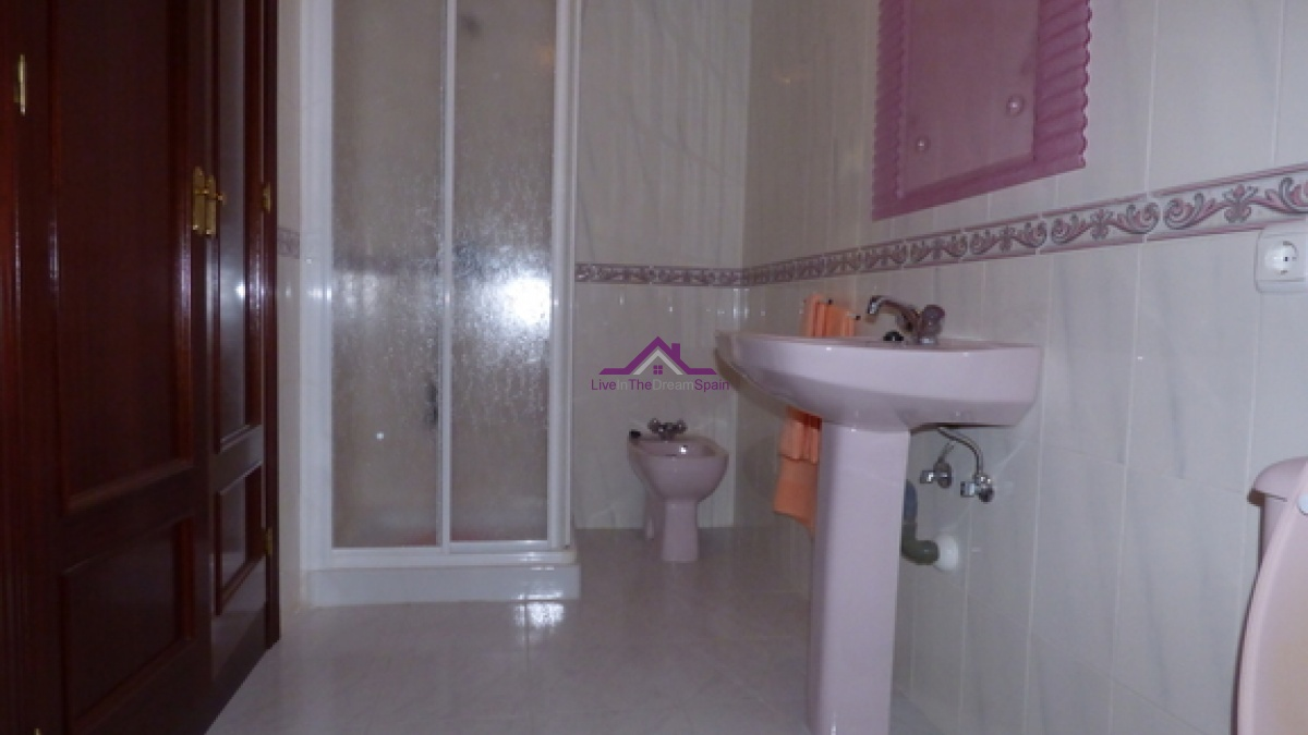 Benalmadena,Spain,2 Bedrooms Bedrooms,1 BathroomBathrooms,Apartment,1072