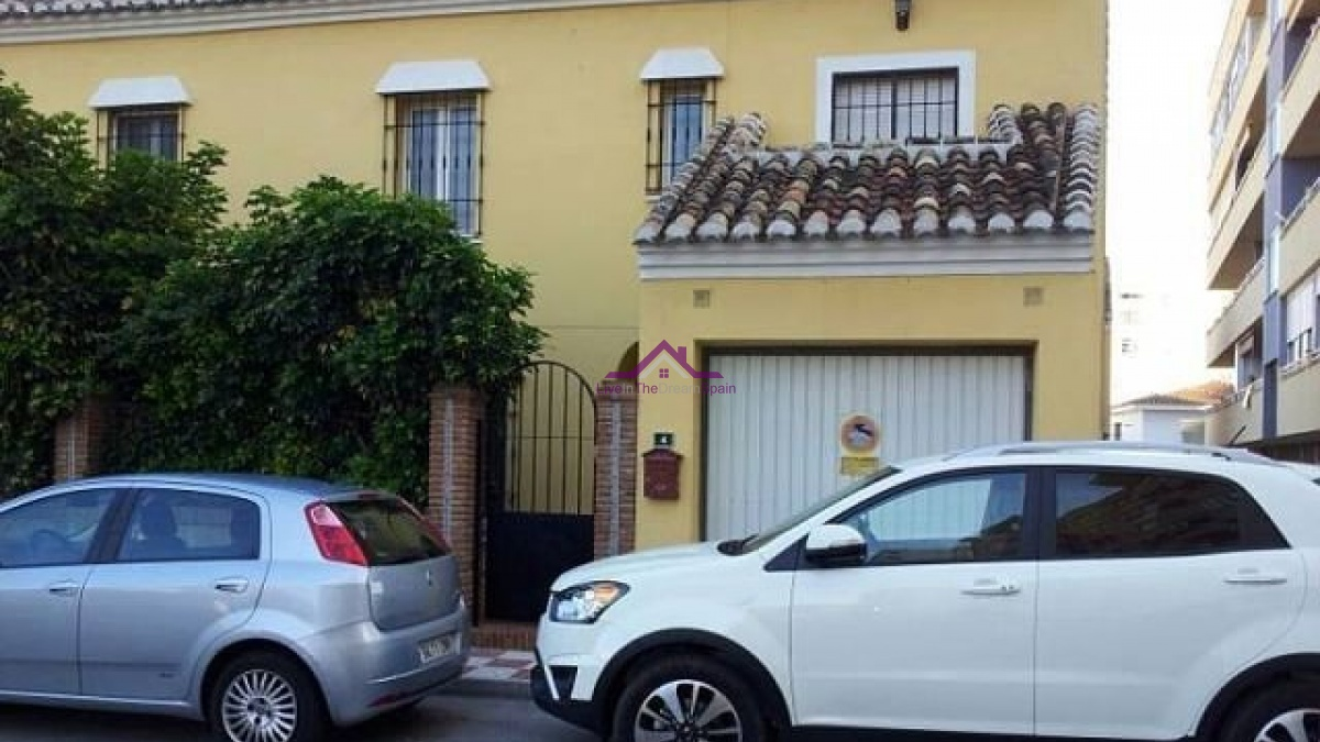 5 Bedrooms, Townhouse, For Rent, 3 Bathrooms, Listing ID 1079, Spain,