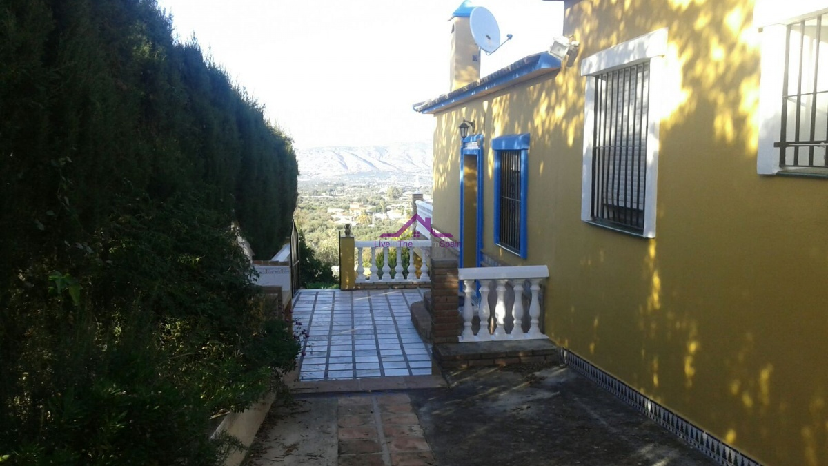 4 Bedrooms, Villa, For Rent, 2 Bathrooms, Listing ID 1091, Alhaurin El Grande, Spain,