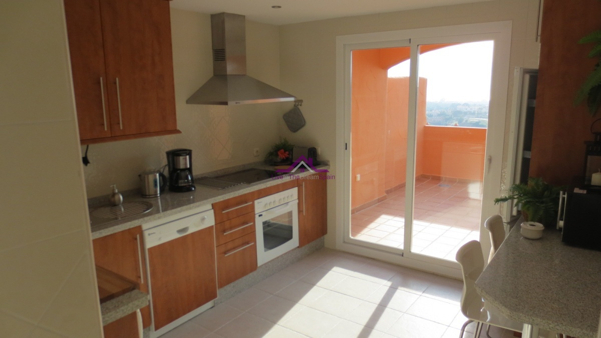 Penthouse, Holiday Rentals, 2 Bathrooms, Listing ID 1096, Elviria, Spain,